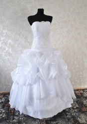 Свадебные платья  на любой выбор